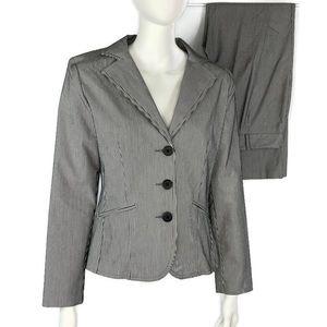 Kim Rogers Signature 2 Piece Suit Size 8